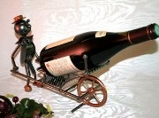 Porte bouteille brouette